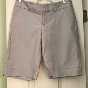 Banana Republic Martin Fit Size 4 shorts